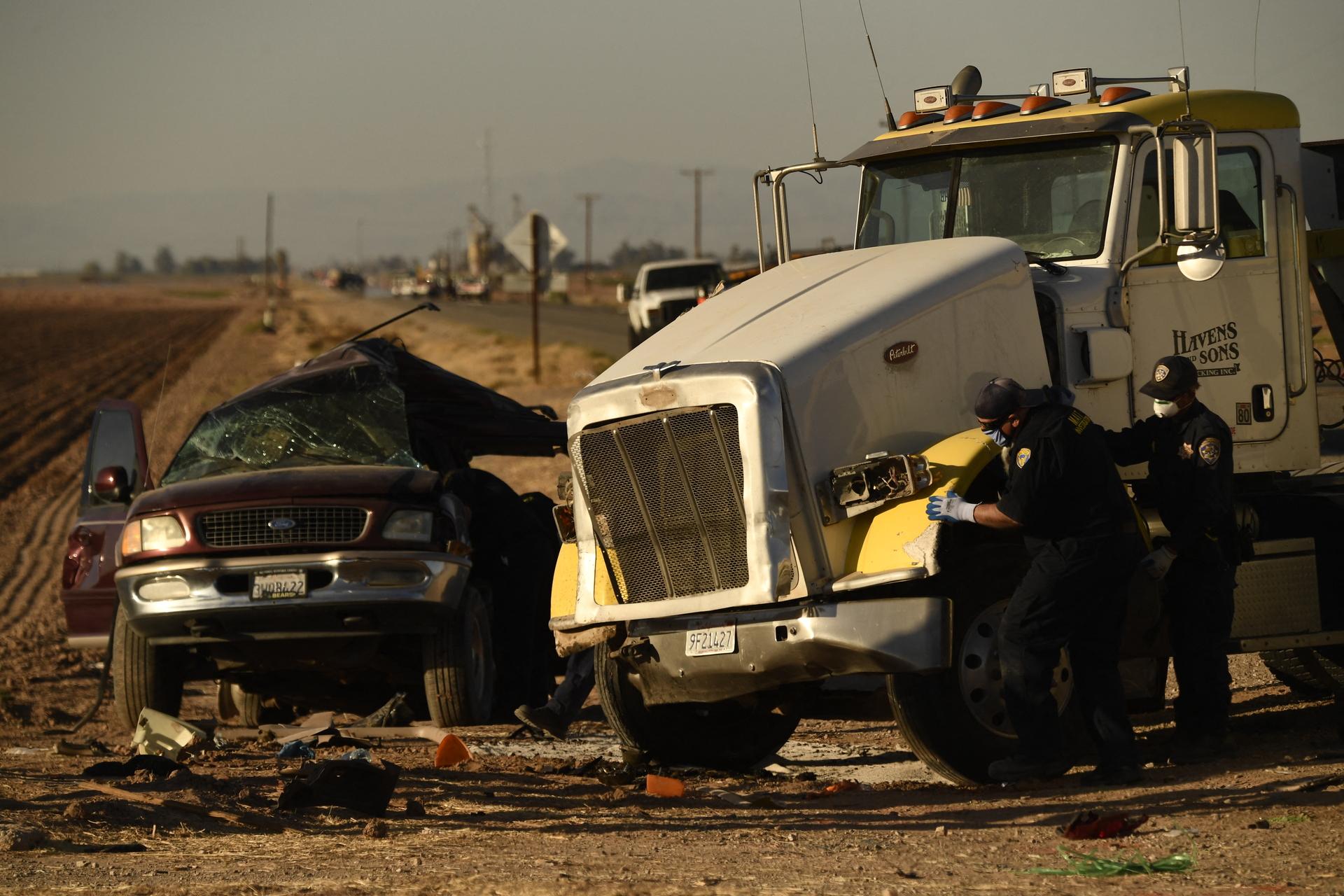 Californie :Treize morts dans un choc entre un SUV surchargé et un camion