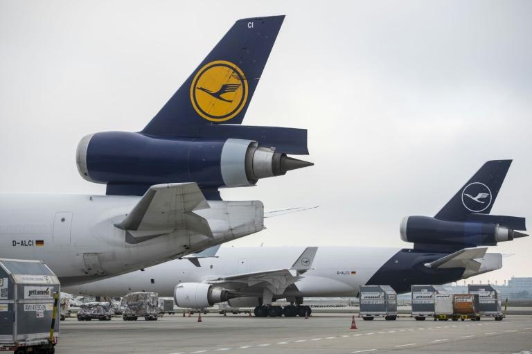 La faute au coronavirus :Dans le rouge, Lufthansa espère redécoller grâce aux vaccins